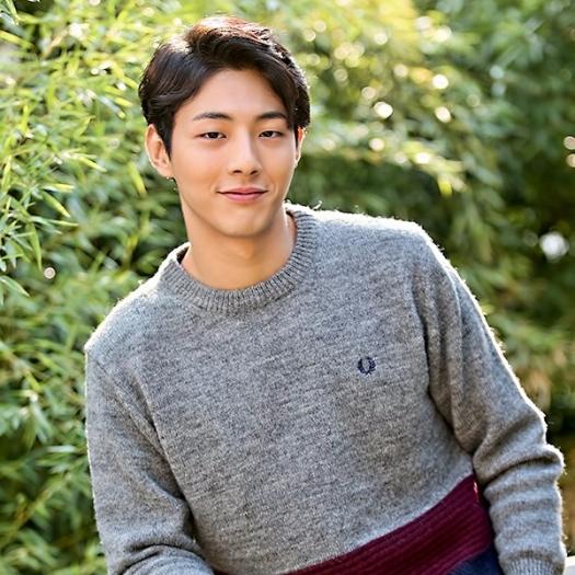 kim_ji_soo_199322.jpg