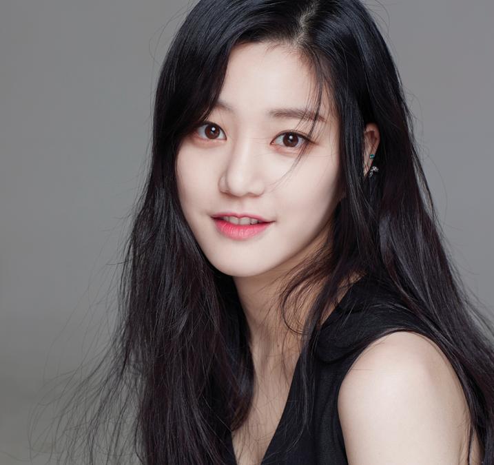 Lee-Yoo-Bi.png