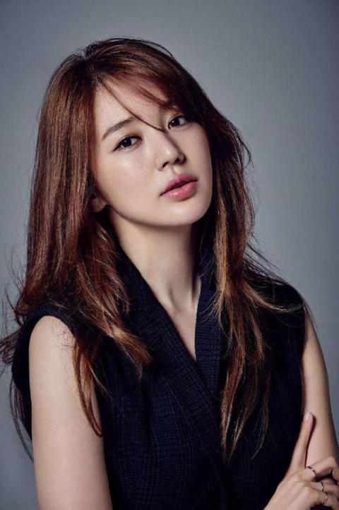 Yoon_Eun-Hye_66.jpg