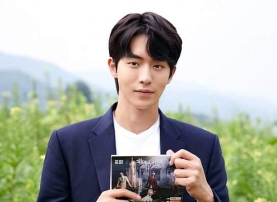 nam-joo-hyuk3